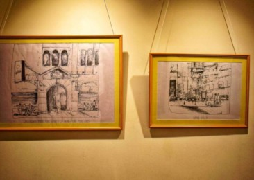 An exhibition of French artist Servières's work on the City of Joy