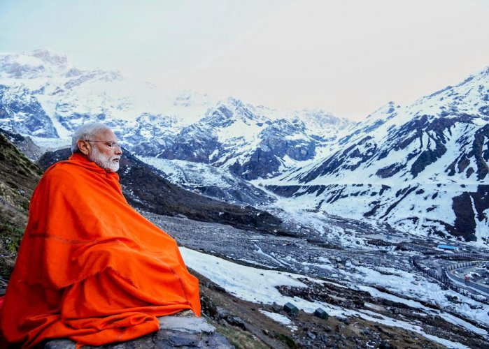 modi-in-kedarnath-pti-1558279746