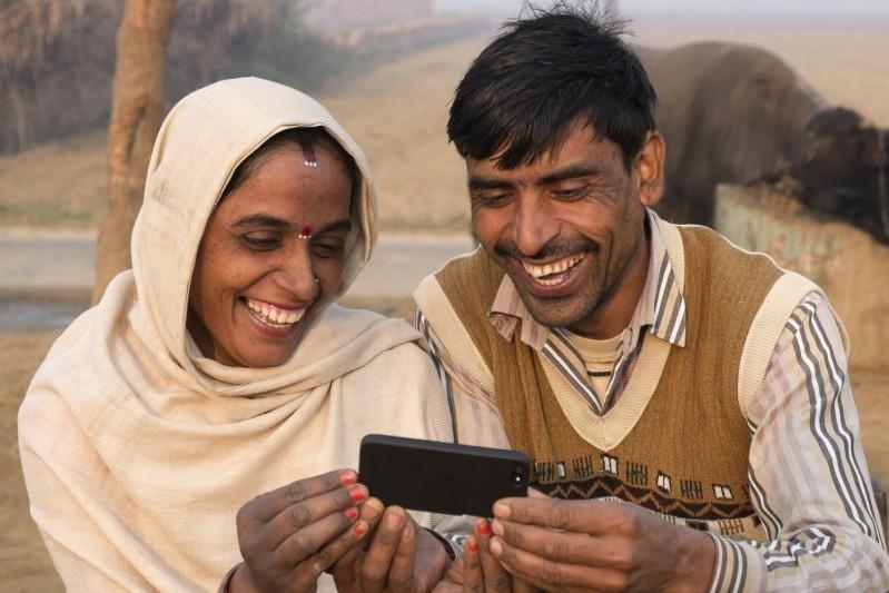 rural-india-mobile