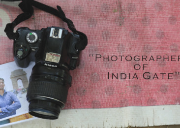 A sneak peek into the life of photographers at India Gate