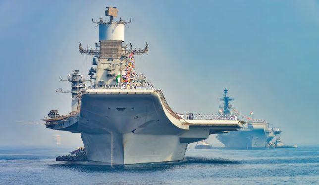 Le porte-avions indien INS Vikramaditya
