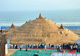 Plage de Puri lors du Sand festival