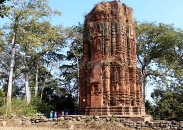 The ruins of Purulia temples