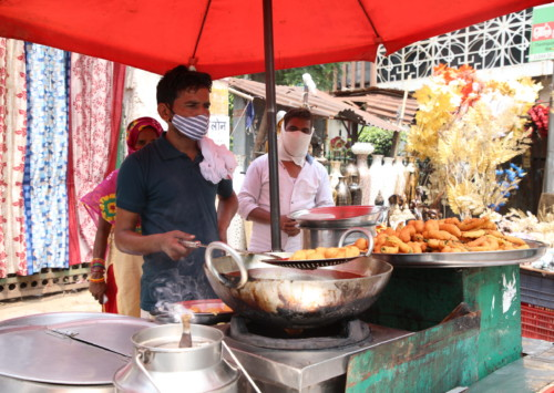 Street food vendors in distress  as Covid-19 keeps customers away