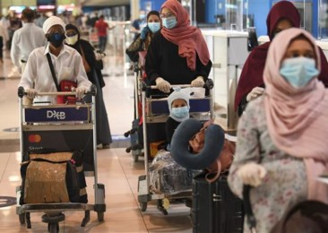 Fate of 800,000 Indian workers in doubt over Kuwait's expat quota