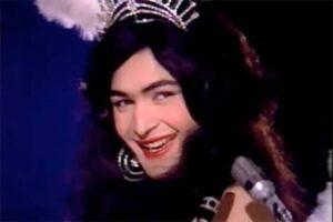Rishi Kapoor in Rafoo Chakkar