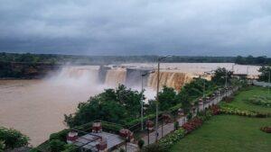hitrakoot Waterfall