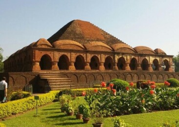 Bishnupur: Land of Terracotta architecture