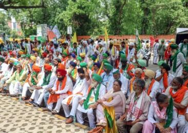 'Kisan Sansad' at Jantar Mantar, aims to create farmers' parliament