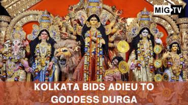 Kolkata bids adieu to Goddess Durga